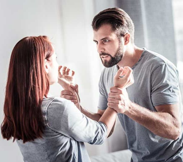 Identifying Signs of Domestic Violence in a Relationship