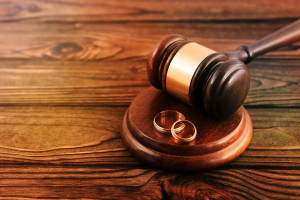 Does a Divorce Mean I Have to Testify